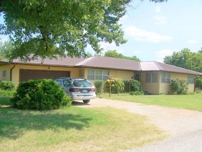 Single Family Home For Sale: 113 Missouri