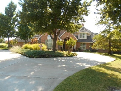 Single Family Home For Sale: 2824 Oak Hollow Rd