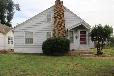 Single Family Home For Sale: 809 E Randolph Ave