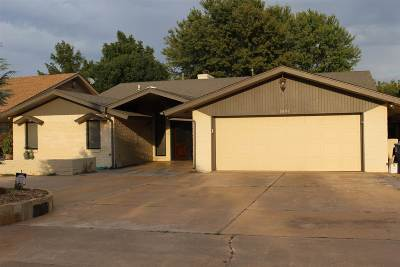 Single Family Home For Sale: 3801 Willow Lake Lane