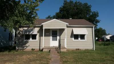 Single Family Home For Sale: 1001 N Central