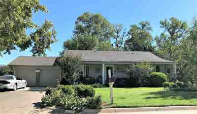 Single Family Home For Sale: 1113 Briar Creek