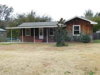 Single Family Home For Sale: 602 N Taft Street