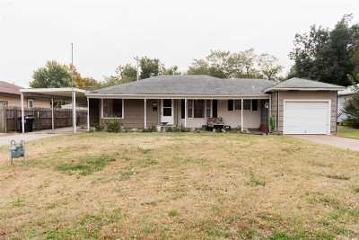 Single Family Home For Sale: 2525 W Broadway
