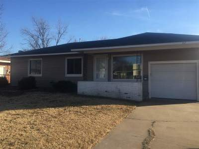 Single Family Home For Sale: 717 W Mulberry