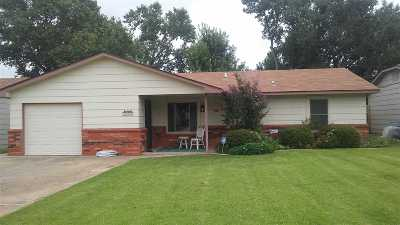 Single Family Home For Sale: 2924 Edgewood Dr