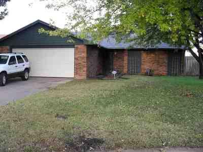 Single Family Home For Sale: 2926 Mt Vernon