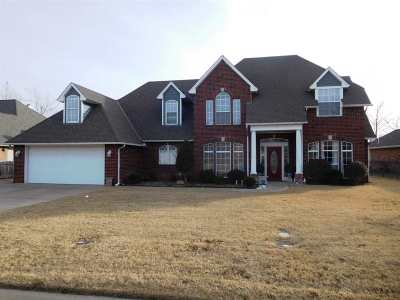 Single Family Home For Sale: 3215 Willow Lake Ln
