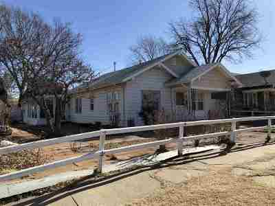 Single Family Home For Sale: 329 N 10th
