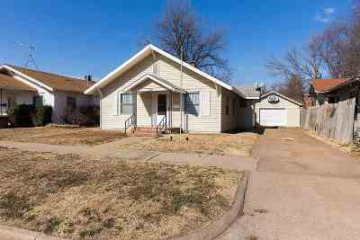 Single Family Home For Sale: 1214 W Elm