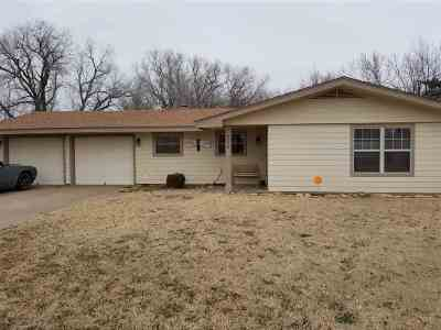 Single Family Home For Sale: 306 Candlewood Circle