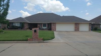Single Family Home For Sale: 4526 Lovell Lane