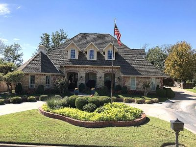 Enid Single Family Home For Sale: 3002 Barnswallow Rd