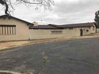 Single Family Home For Sale: 622 E 8th Street