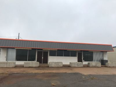 Commercial For Sale: 10020 S Hwy 81