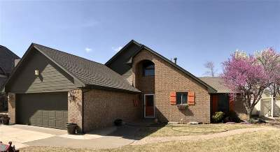 Single Family Home For Sale: 3624 Willow West Dr
