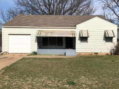 Single Family Home For Sale: 1209 S Madison