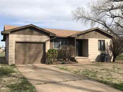 Single Family Home For Sale: 3622 Harvest Dr