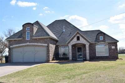 Single Family Home For Sale: 5307 Deerfield