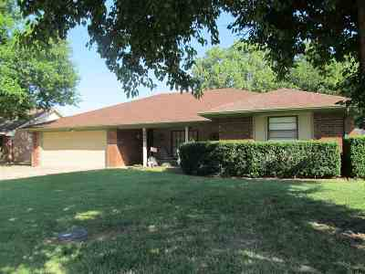Single Family Home For Sale: 2068 Buggywhip Ln
