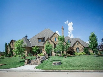 Single Family Home For Sale: 2829 Falcon Crest