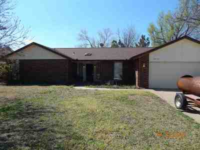 Single Family Home For Sale: 4413 Briarwood
