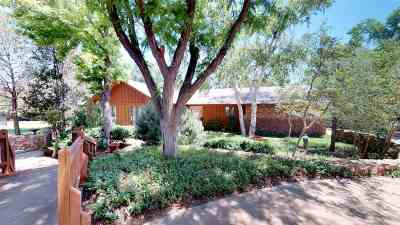 Single Family Home For Sale: 38 Country Oaks