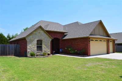 Single Family Home For Sale: 4729 Minco