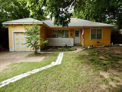 Single Family Home For Sale: 2526 W Cherokee Ave