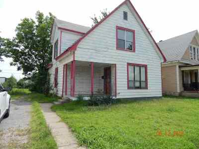 Single Family Home For Sale: 725 E Randolph