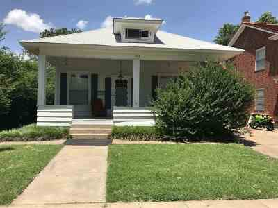 Single Family Home For Sale: 1714 W Cherokee