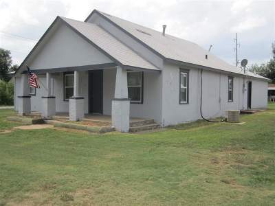 Single Family Home For Sale: 523 10th