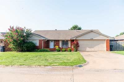 Single Family Home For Sale: 2709 Partridge