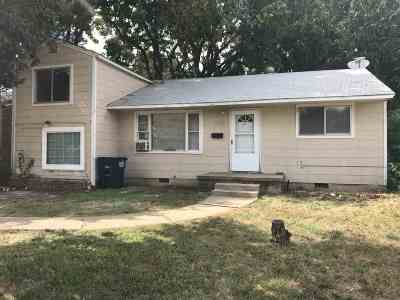 Single Family Home For Sale: 2614 W Oklahoma Ave