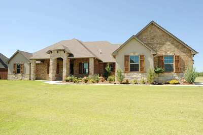 Single Family Home For Sale: 2512 Belle Crossing