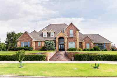 Enid Single Family Home For Sale: 2808 Falcon Crest