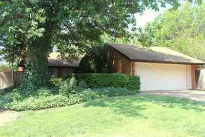 Single Family Home For Sale: 2706 Haystack Ln