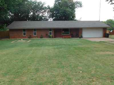Single Family Home For Sale: 1608 Indian Dam Road