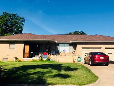 Single Family Home For Sale: 2102 N Monroe