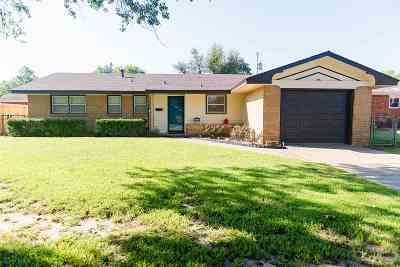 Single Family Home For Sale: 1309 Ponca