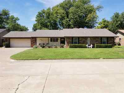 Single Family Home For Sale: 1502 Sun Rise Dr
