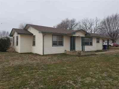 Single Family Home For Sale: 1170 W Grand