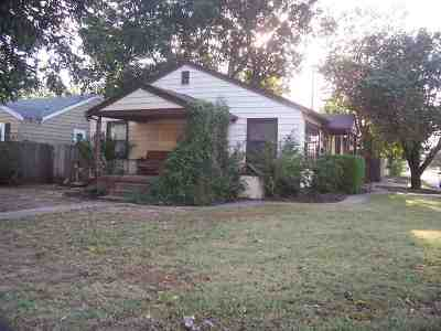 Single Family Home For Sale: 1602 S Quincy St