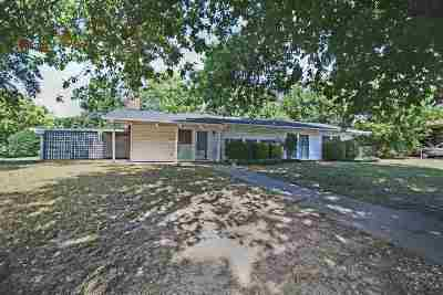 Single Family Home For Sale: 1702 Indian Drive