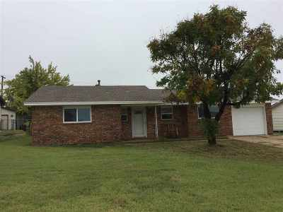 Single Family Home For Sale: 3001 Cheyenne Drive