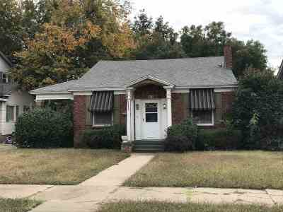 Single Family Home For Sale: 815 W York Ave