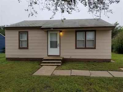 Single Family Home For Sale: 1410 N 17th