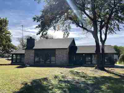 Single Family Home For Sale: 11209 W Longhorn Trl