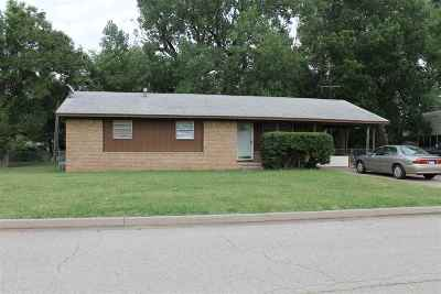 Single Family Home For Sale: 1606 N 12th