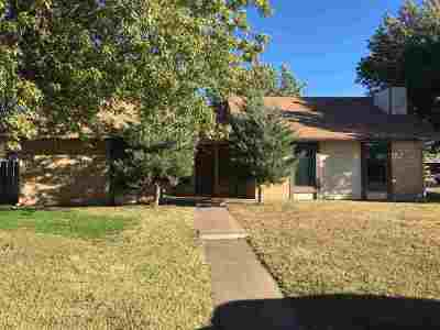 Single Family Home For Sale: 4516 Oakcrest
